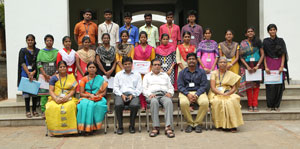 Sona ECE student's bags prize winning